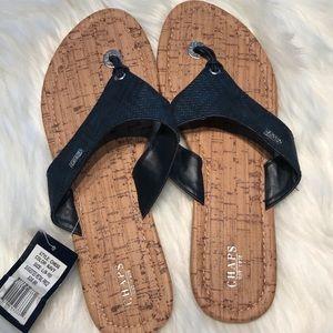 Chaps navy flip flop sandals sz 9/10 NWT